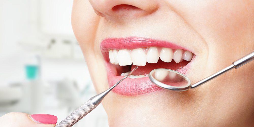 Kontrolle beim Zahnarzt